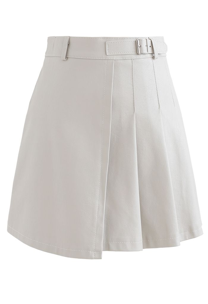 Belt Detail Faux Leather Pleated Mini Skirt in Cream