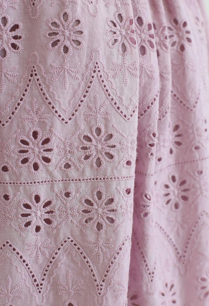 Zickzack-Öse mit Blumenstickerei und kurzen Ärmeln in Pink