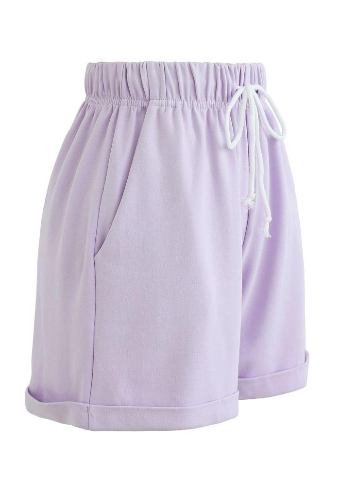 Gefaltete Saum Kordelzug Taschen Shorts in Lavendel