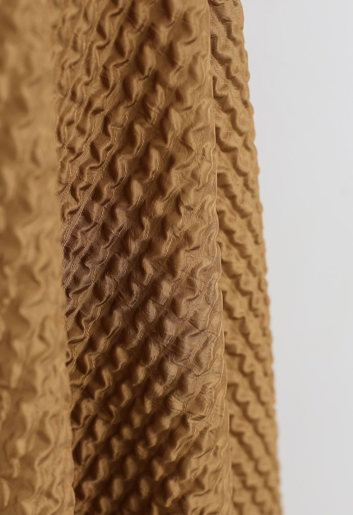 Wellenförmig geprägter A-Linien-Maxirock aus Karamell