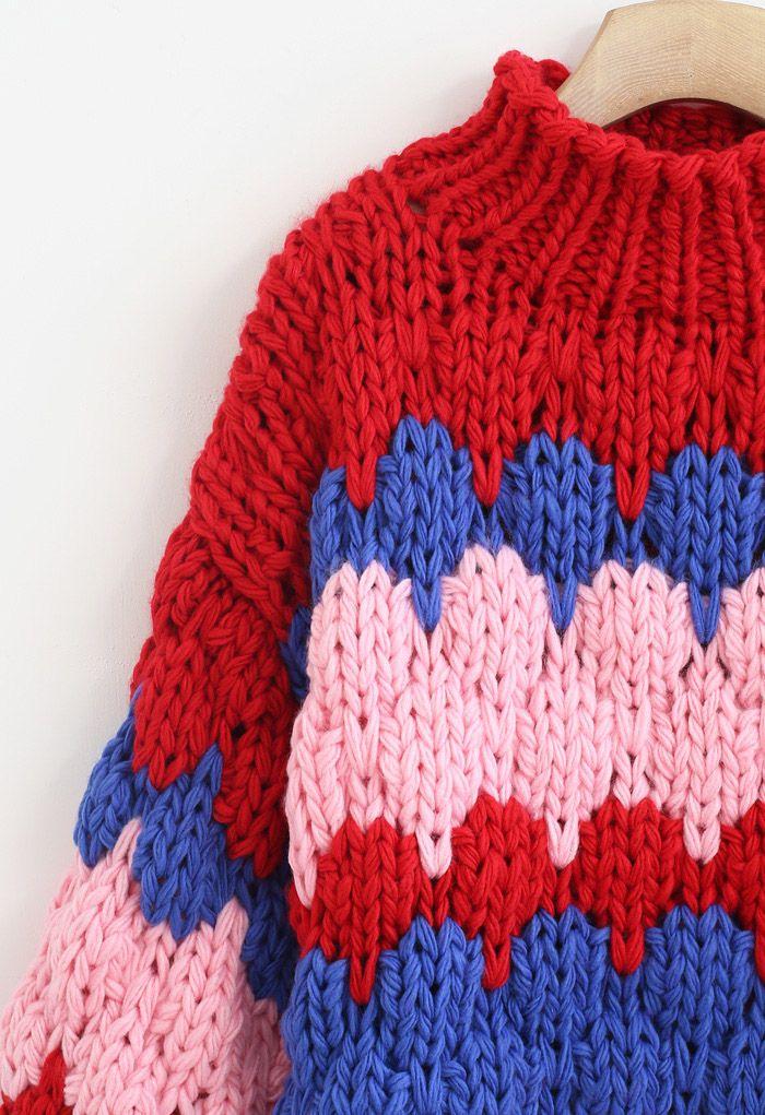 Farbblockierter hochgeschlossener, handgestrickter, klobiger Pullover in Rot