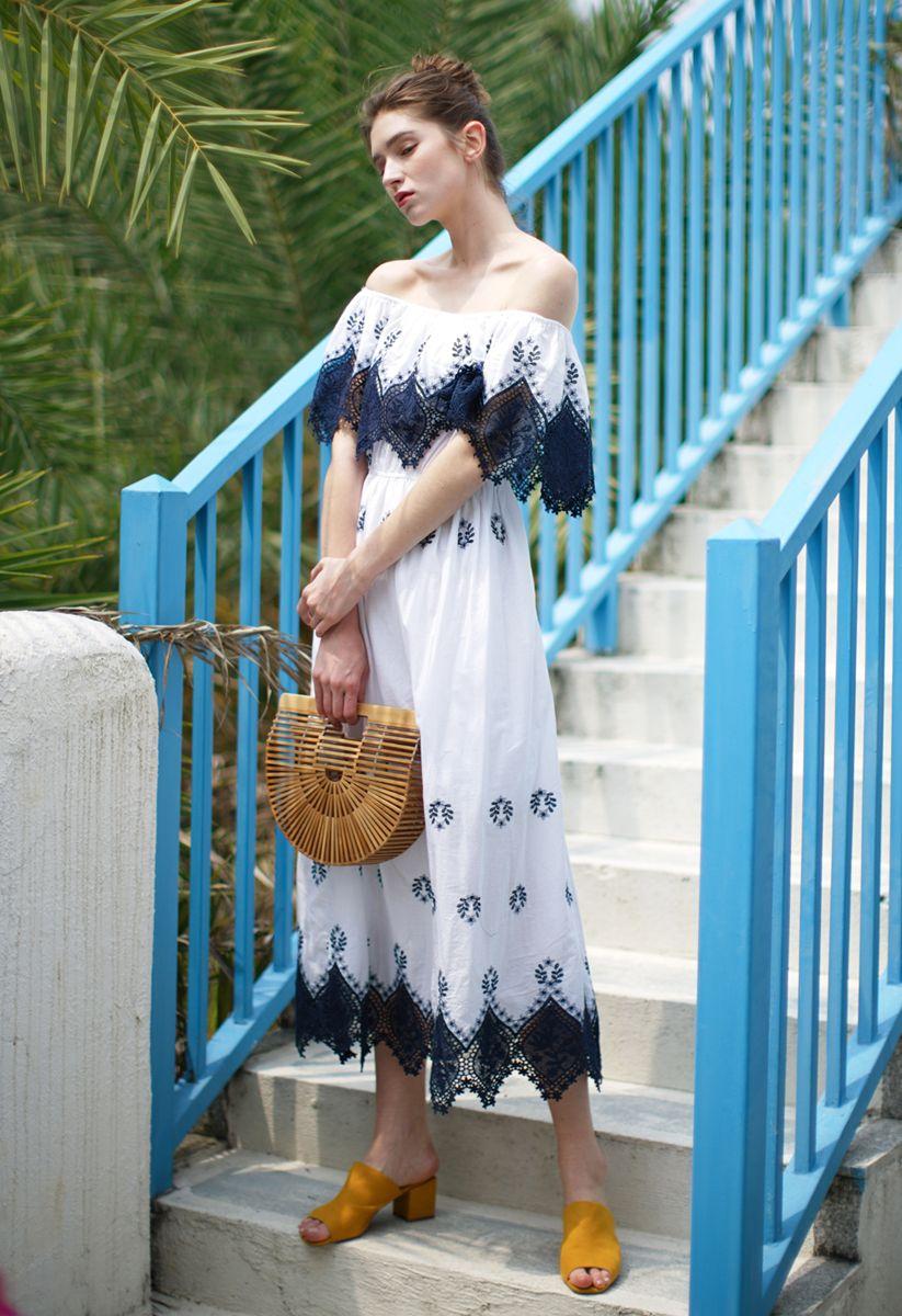 Lacey Flair - Dunkelblaues, trägerloses Midi-Häkelkleid
