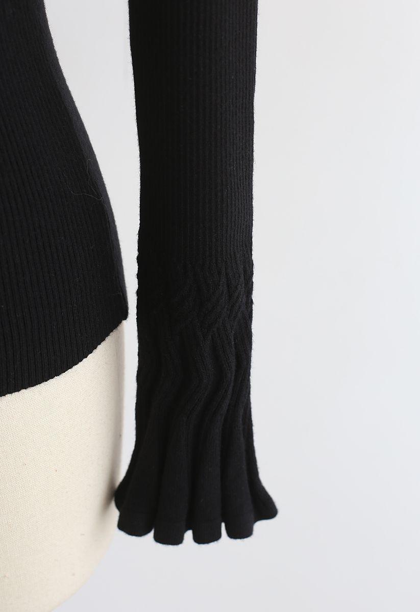 Fantasievoll mit Schleife – Stricktop in schwarz
