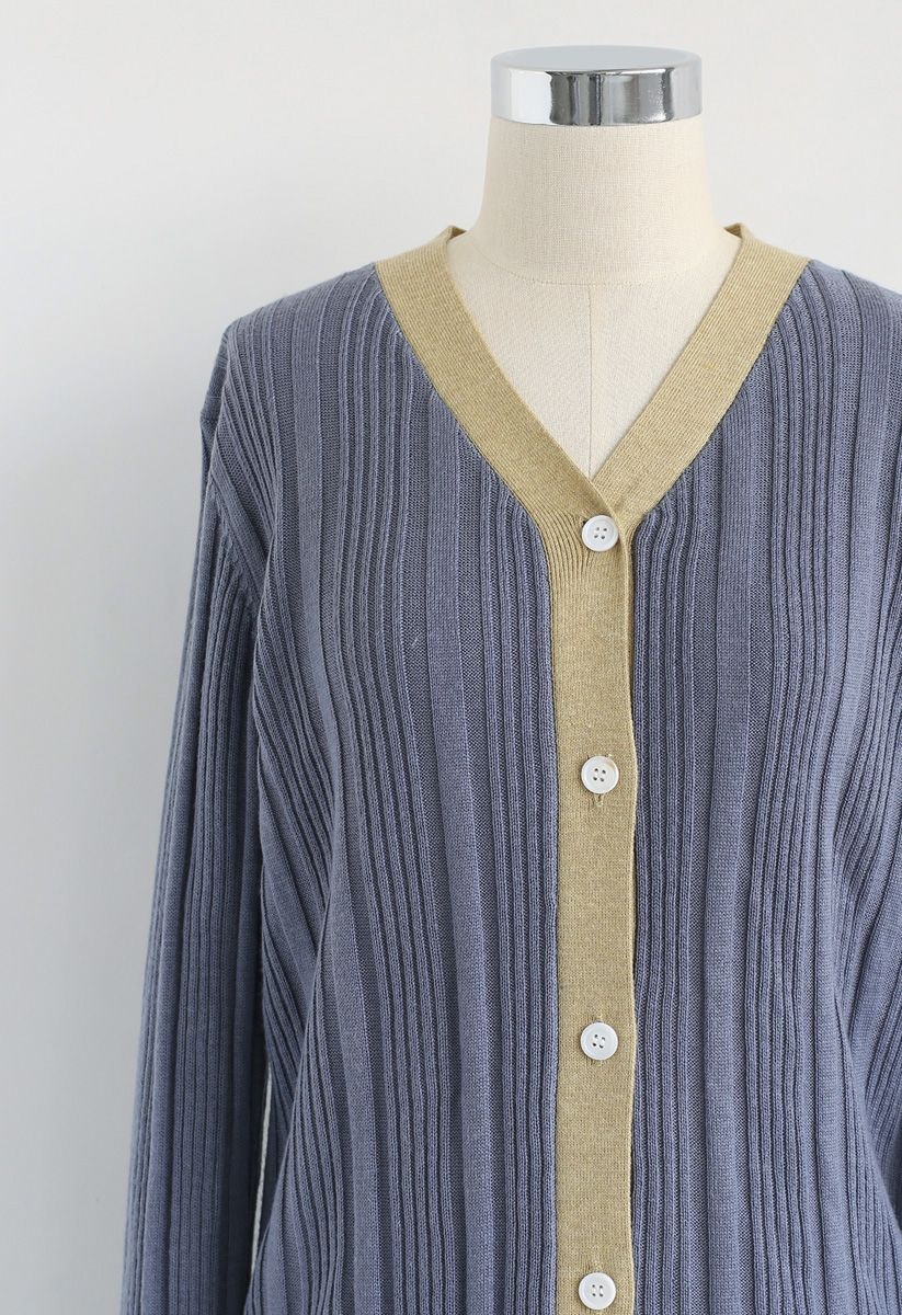 Lange Strickjacke mit Knopfleiste in Dusty Blue