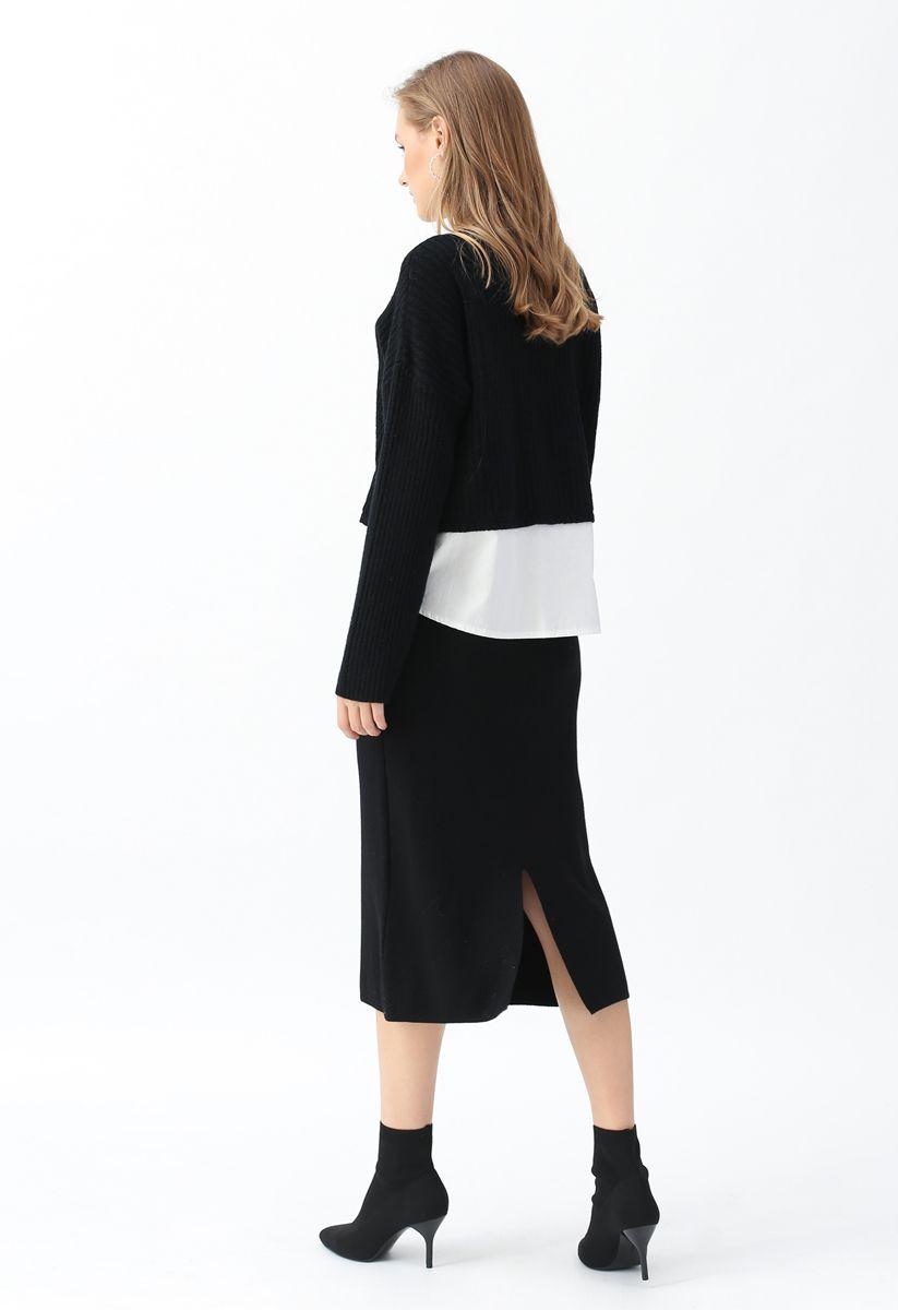 Gerippte, gespleißte Strickjacke mit V-Ausschnitt in Schwarz