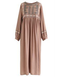 Boho Midi-Kleid mit gestickten Ärmeln in Hellbraun