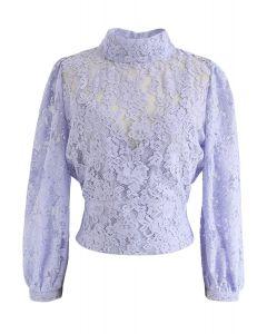 Floral Lace Open Back Crop Top in Lavendel