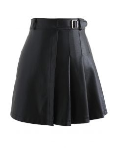 Belt Detail Faux Leather Pleated Mini Skirt in Black