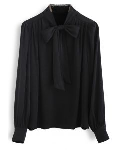 Lacy Edge Bowknot Strukturiertes Satin Top in Schwarz