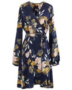 Navy Floral Printed Self-Tie Wickelkleid