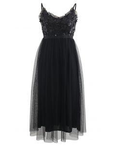 Pailletten-Cami-Kleid aus gerafftem Mesh in Schwarz
