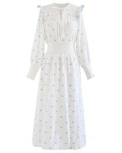Gesticktes Kleid mit geripptem Schlitz und V-Ausschnitt