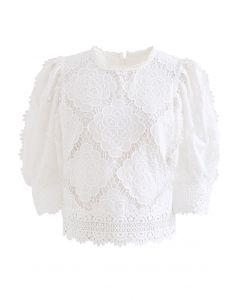 Blooming Flowers Crochet Bubble Sleeves Top in Weiß