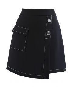Contrast Line Buttoned Flap Minirock in Schwarz
