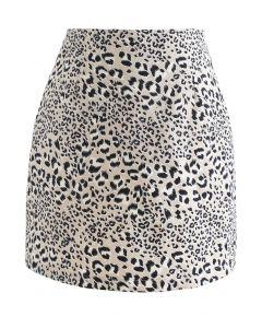 Knospen-Minirock mit Leopardenmuster