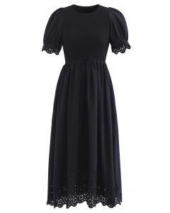 Kurzarm-Strickkleid mit gestickten Ösen in Schwarz