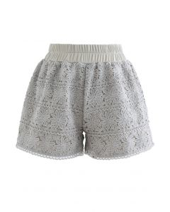 Sunflower Crochet Overlay Shorts in Erbsengrün