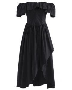 Asymmetrisches Kleid mit Rüschen ohne Schulterklappe in Schwarz