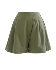 High Rise Side Zip Pocket Plissee Shorts in Army Green