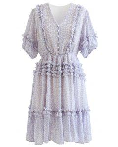 Chiffon-Kleid mit Rüschendetail und Gänseblümchenmuster in Flieder