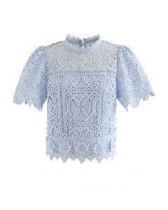 3D-Blumen-Crochet-Crop-Top in Blau