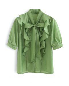 Flowy Rüschen – Grünes Hemd mit Schleifenausschnitt