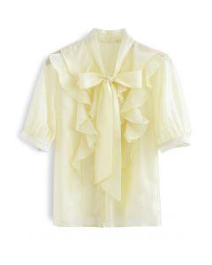 Flowy – Gelbes Hemd mit Rundhalsausschnitt und Rüschen