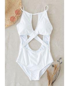 Cami-Badeanzug mit Kreuzausschnitt vorne in Weiß