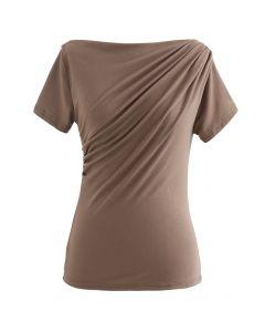 T-Shirt mit geraffter Vorderseite in Tan