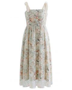 Mesh-Overlay-Kleid mit Blumenstickerei und Blumenstickerei