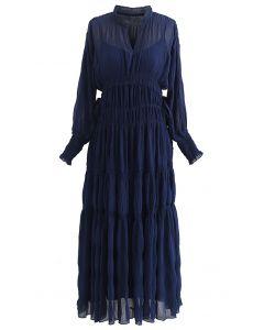 Chiffon-Kleid mit durchgehendem, seitlichem Kordelzug in Marineblau