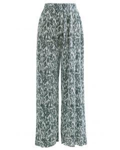 Kuschelige, plissierte Hose mit weitem Bein in Grün