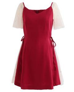 Pailletten-Mesh-Skater-Kleid mit Herzausschnitt in Rot
