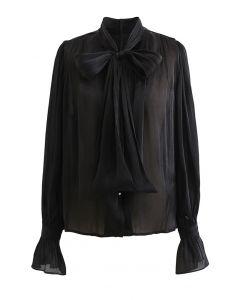 Glänzendes Hemd mit Krawattenkragen in Schwarz