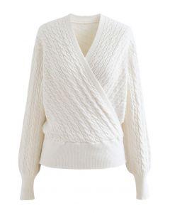 Crop Sweater mit Zopfmuster und Wickelfront in Creme