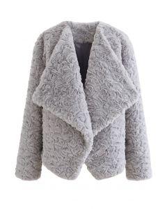 Mantel aus Kunstpelz mit breitem Revers in Grau