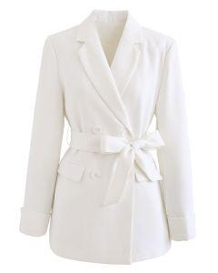 Zweireihiger Blazer mit Schleife und Schleife in Weiß