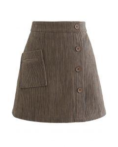 Mini-Knospenrock aus Cord mit Knöpfen in Braun