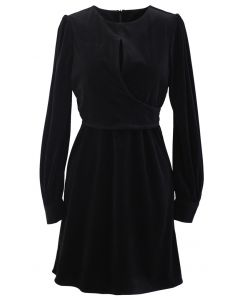 Cord Wrap Long Sleeves Minikleid in Schwarz