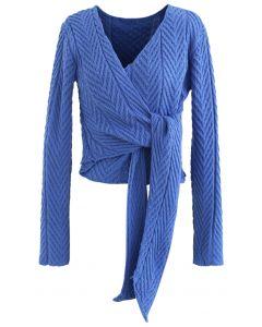 Tiefer Wrap Tie Crop Strickpullover in Blau