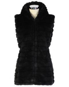 Chaleco acolchado de piel sintética chicwish con capucha en negro