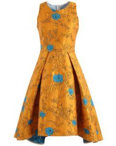 Gold Rose geprägtes Jacquard-Wasserfall-Kleid