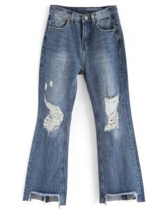 Absolutamente encantadores jeans acampanados deshilachados