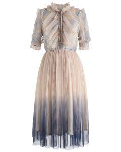 Wir kennen jedes netzgebogene netzgebogene Kleid