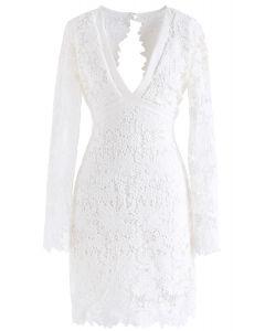 Love to Be – Gehäkeltes Unterkleid in Weiß