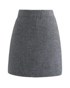 Elegantes Konzept: grauer Rock aus Wollgemisch