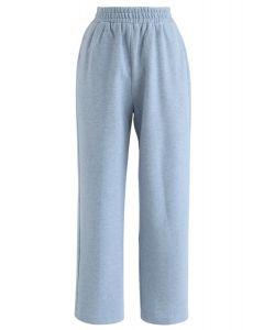 Manténgalo informal: pantalones cortos en azul