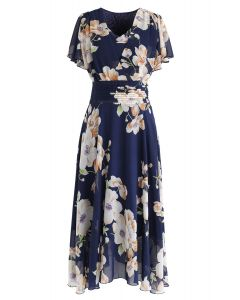 Sweet Surrender Floral Chiffon Kleid in Navy