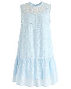 Windy Day - Besticktes ärmelloses Kleid in Blau