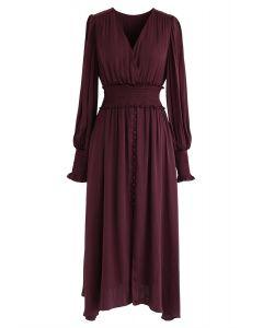 Satin Button Down Wrap Midi-Kleid in Wein